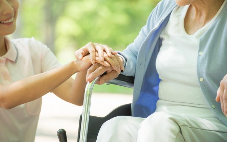 高齢者の方へ配慮した治療